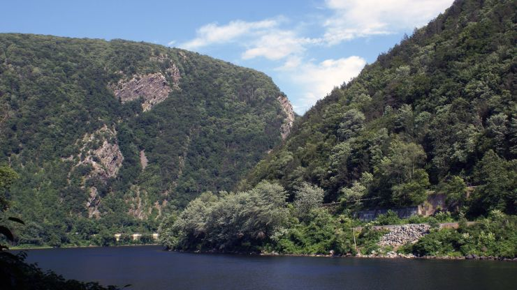 Delaware Water Gap Recreational Area-Replace Salt Dome & Repair Blue Mountain Road
